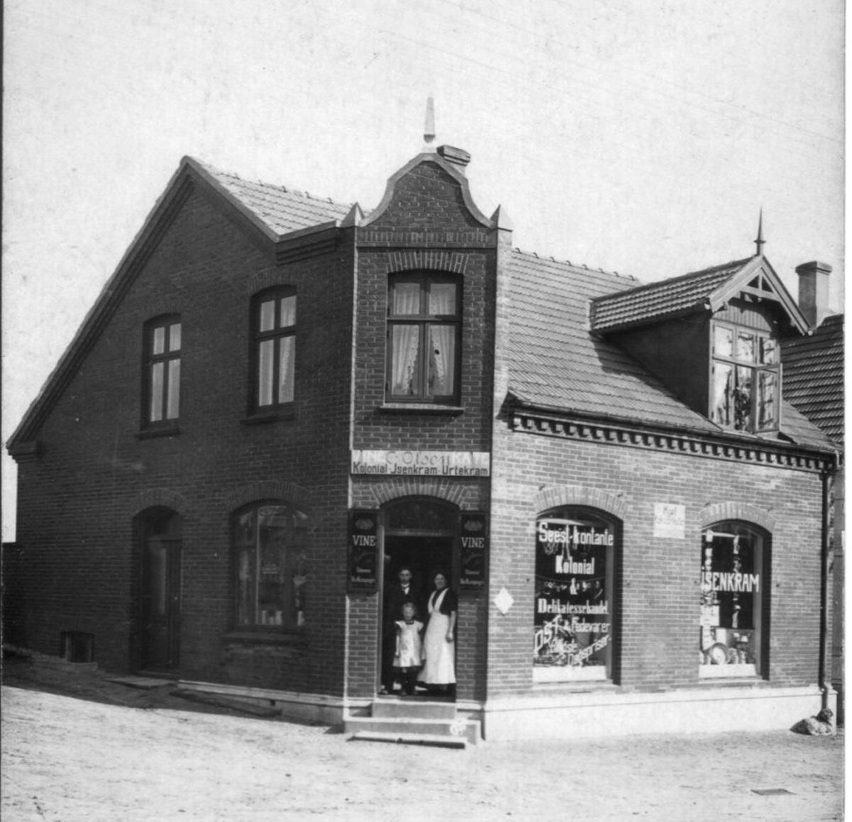no. 34 Købmand Olsen i 30erne